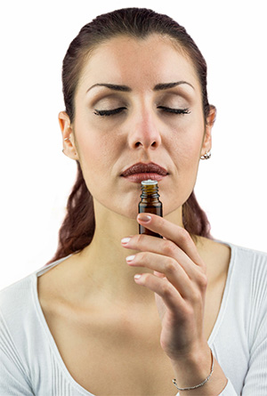 Evaluating Essential oil by Sniffing Directly from the Bottle